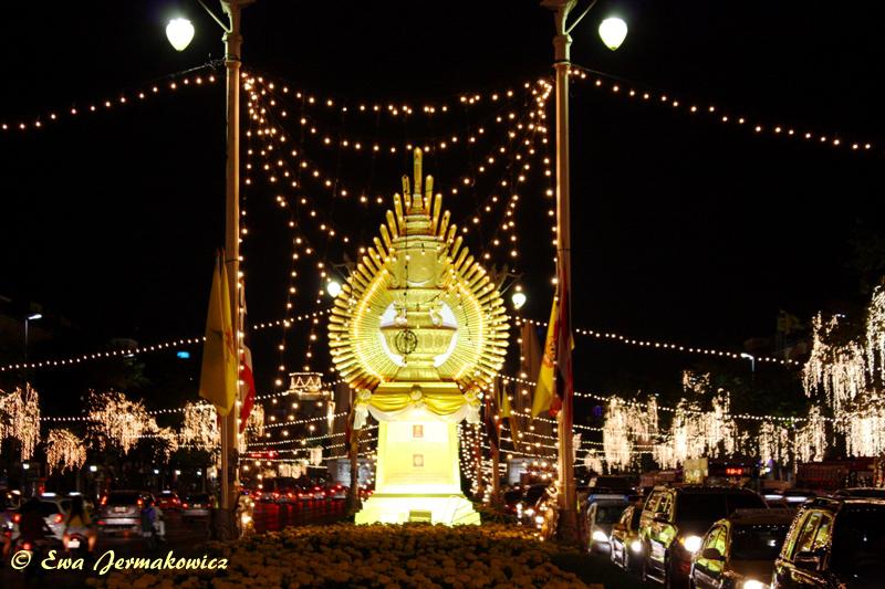 Urodzinowy Bangkok nocą