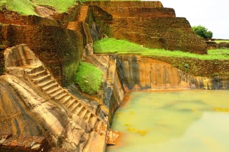 Zbiornik wodny na szczycie Lwiej Skały