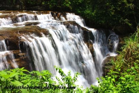 Wodospad Ramboda w okolicach Nuwara Eliya. Wypad najlepiej połączyć ze zwiedzaniem Labookalie.