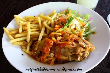 Najlepsze, i niezbyt lankijskie, jedzenie jakie jadłam przez 3,5 tygodnia na Sri Lance.