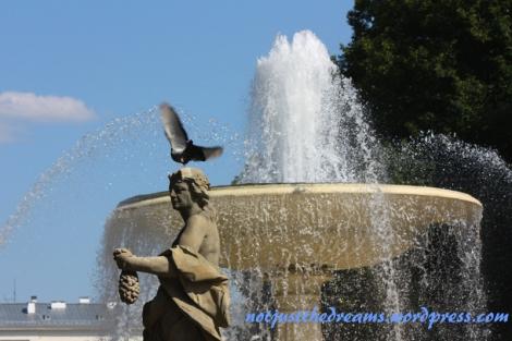 Na tą fontannę polowałam przez trochę dłuższy moment. Ale fotograficzne rezultaty tego polowania to raczej temat na mojego drugiego bloga.