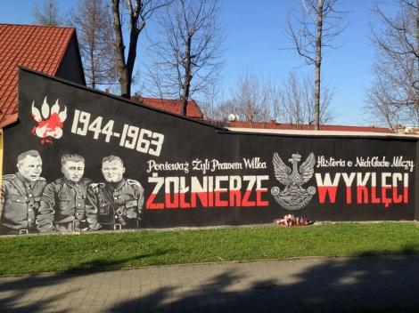 Nowość w Andrychowie. Na widok tego muralu dziwili się nawet lokalni spacerowicze.
